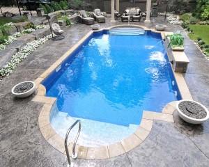 Square shaped inground swimming pool