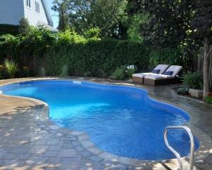 Irregular shape inground pool