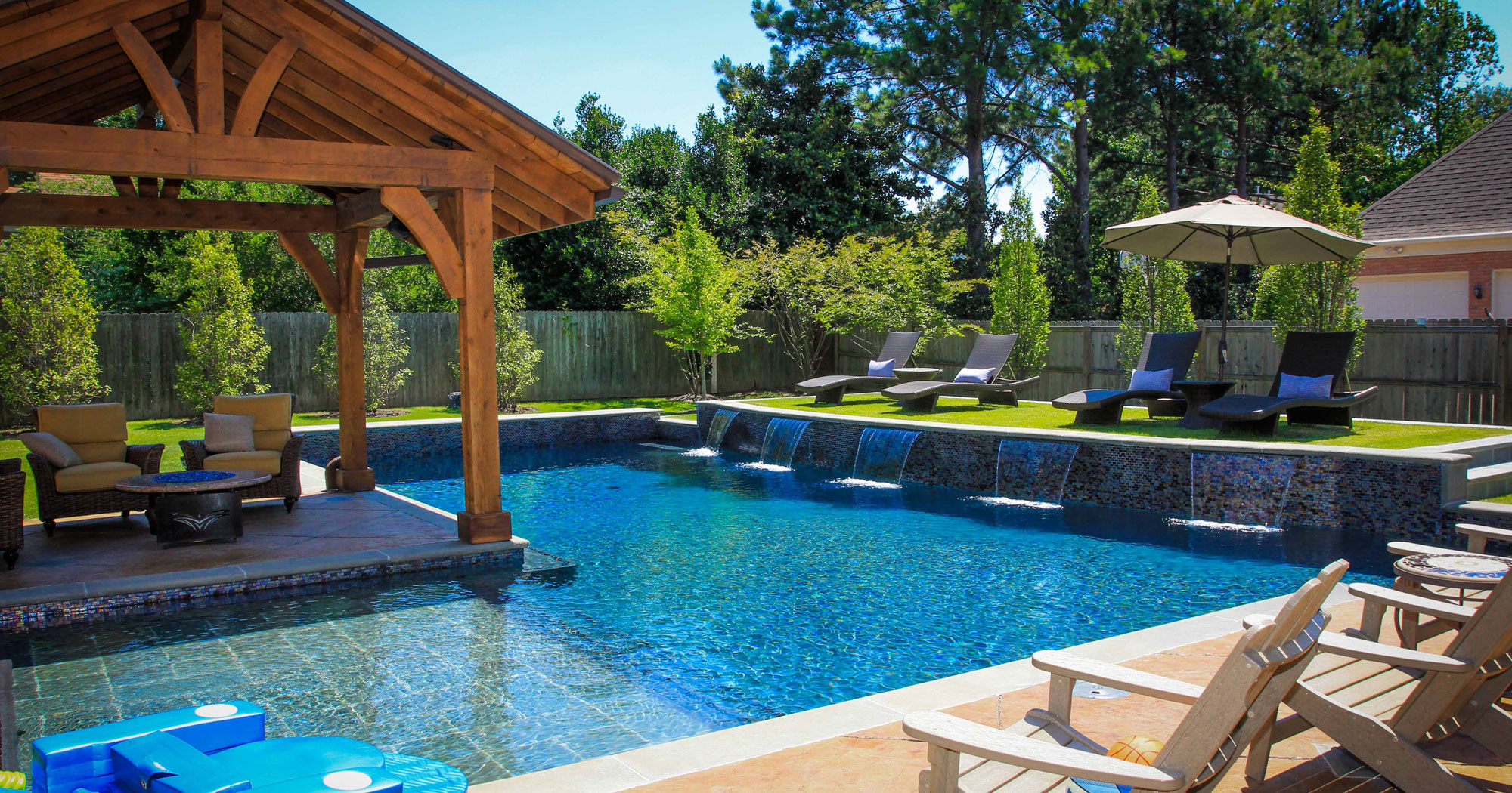 Beautiful Backyards Without Pools 20 Backyard Pool Ideas For The Wealthy Homeowner  - PATIO DESIGN AND YARD