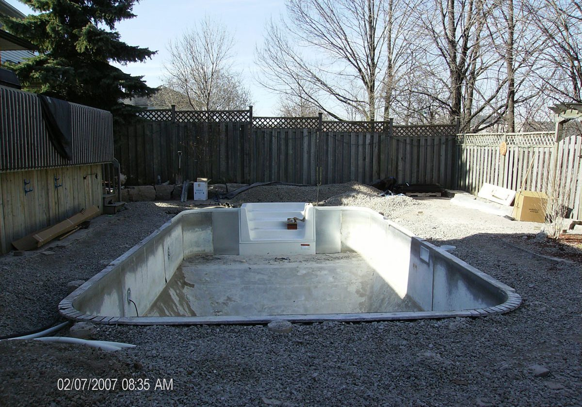 9-pool-renovation-new-lines-skimmer