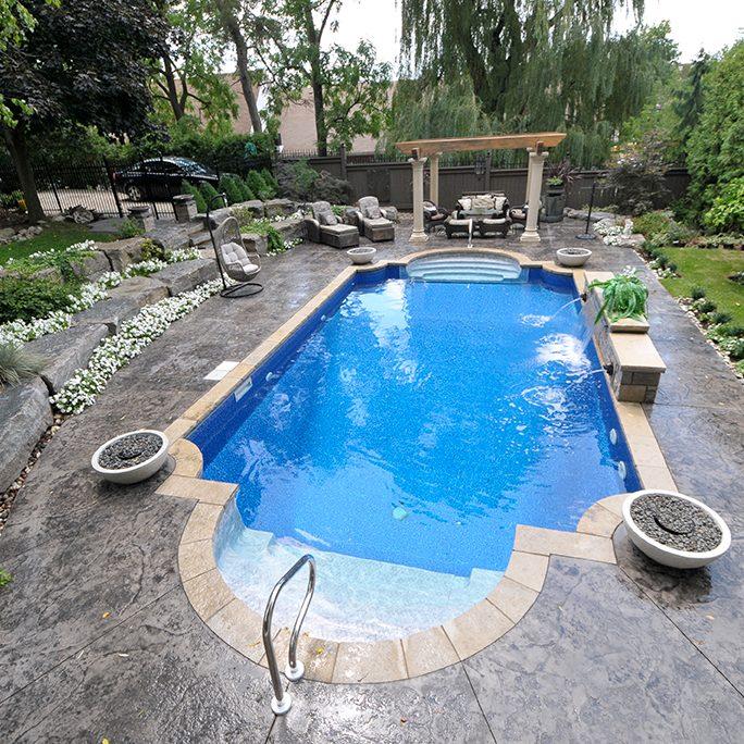 Roman shaped pool